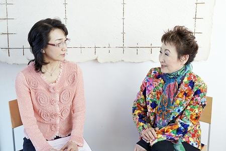 加藤登紀子さんと対談写真1